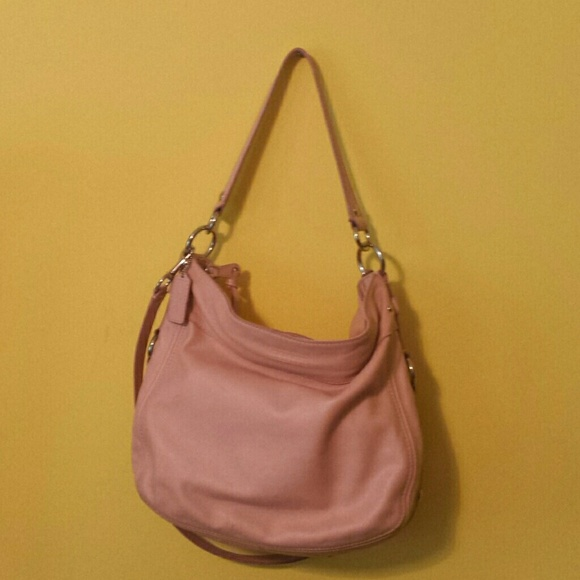 1f9fd842a2 Old Coach bag